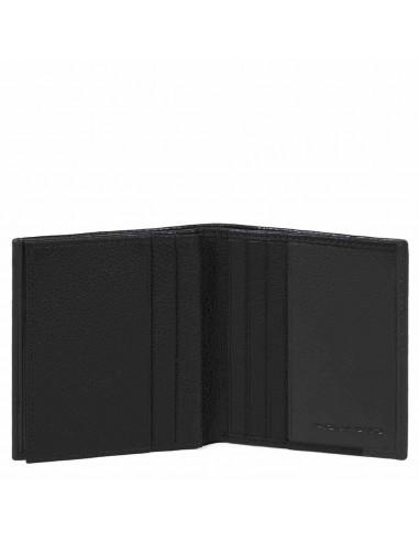 ab5aeef16c Portabanconote ad un comparto e porta carte di credito della collezione  Pulse di Piquadro,realizzato interamente in pelle naturale.