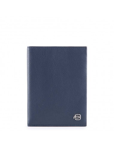Men's vertical wallet from Piquadro's...